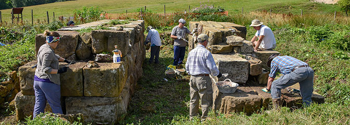 Warren Moor lime mortar volunteers