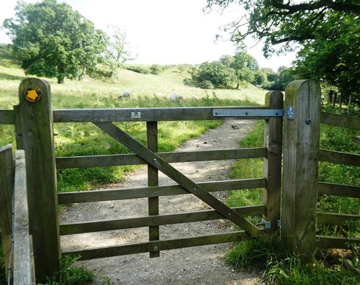 Farndale gate