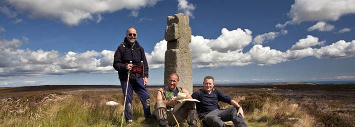 Walkers next to Lilla Cross by Mike kIpling