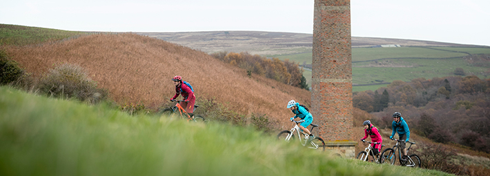 Warren Moor, Cycling, Russell Burton