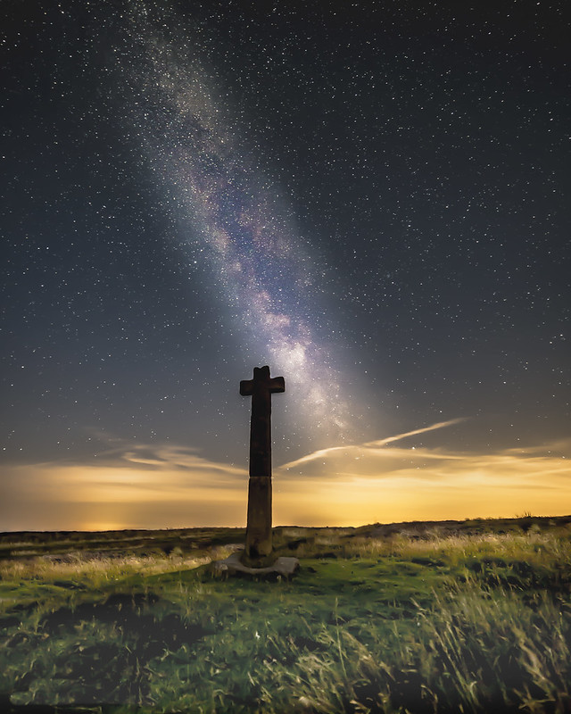 Milky Way above Young Ralph's Cross Credit Steve Bell/NYMNPA