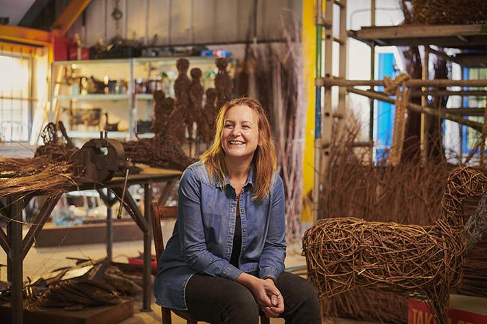 Emma Stothard in her studio © VisitBritain/Sam Barker