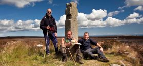 Walkers next to Lilla Cross Credit Mike Kipling